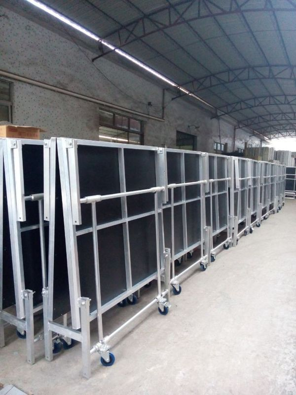 1.22*2.4M High 0.4-0.6 Or 0.6-1.0m Aluminum Folding Stage With Wheels