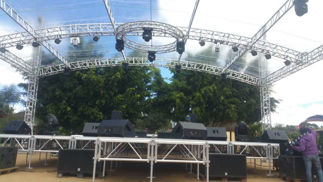 Customized Height Aluminum Lighting Truss With Roof System / LED Alunimum Truss System
