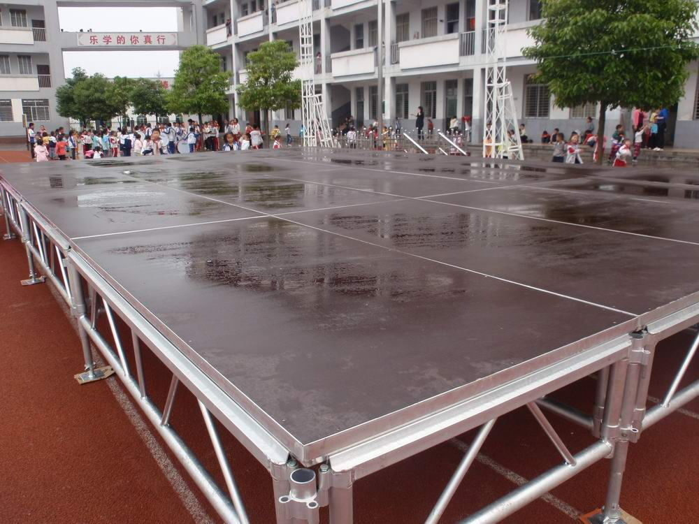 Portable Mobile Stage platform in this Display Aluminum Stage Outdoor used for Concert With Adjustable Height Legs